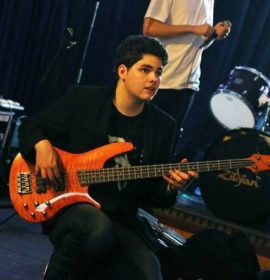 Bass Guitar Lessons Inner West